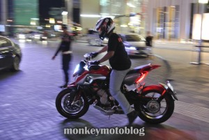 test ride rivale 800-12