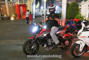 test ride rivale 800-8
